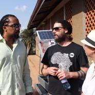 Hallo Rae + ich im Gespräch mit dem größten Rapstar Ugandas Navio, der ein Energy Projekt -  gemeinsam mit der THW  Deutschland -  unterstützt